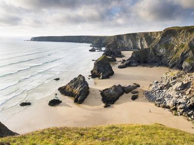 https://imgc.allpostersimages.com/img/posters/england-cornwall-bedruthan-steps-coast-sandy-beach-rocks-sea_u-L-Q11YGJR0.jpg?p=0
