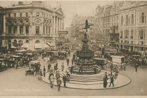 Piccadilly Circus, London by English Photographer