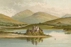 Kilchurn Castle - Loch Awe by English School