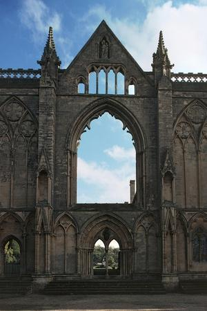 https://imgc.allpostersimages.com/img/posters/entrance-to-newstead-abbey_u-L-PP9WL60.jpg?artPerspective=n