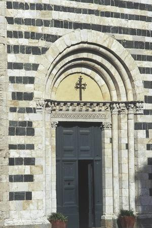 https://imgc.allpostersimages.com/img/posters/entrance-to-the-baptistery-of-st-john_u-L-PP9PNE0.jpg?p=0