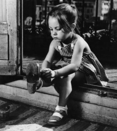 Savoir S'Habiller, c.1950 by Ergy Landau