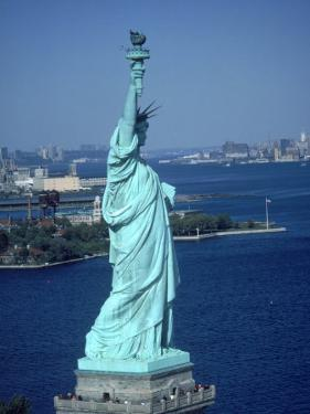 Statue of Liberty, New York by Eric Figge
