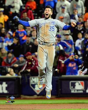 Eric Hosmer celebrates winning Game 5 of the 2015 World Series