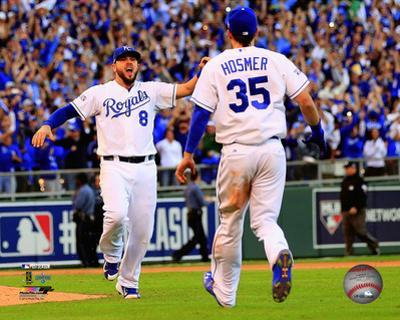 Eric Hosmer & Mike Moustakas celebrate winning Game 4 of the 2014 American League Championship Seri