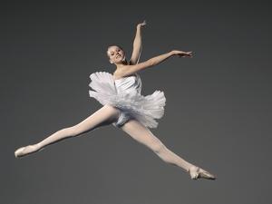 Ballet dancer by Erik Isakson
