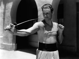 Errol Flynn, 1935