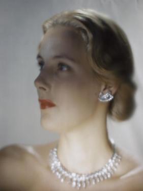 Vogue - October 1946 - Model in Van Cleef & Arpels Diamonds by Erwin Blumenfeld