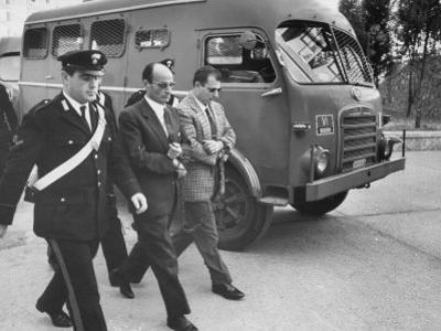 Escorting Sicilian Mafia Mobsters to Trial