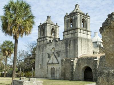 Mission Concepcion, San Antonio, Texas, USA by Ethel Davies