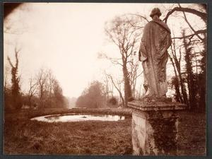 """March, 8am, from the Series """"Parc de Sceaux"""", 1925 by Eugene Atget"""