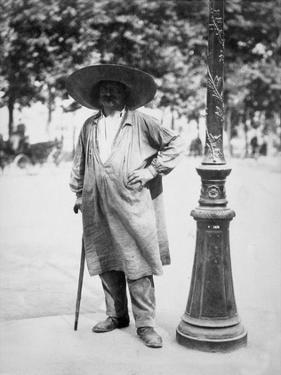 Paris, 1899-1900 - Fort de la Halle - Market Porter by Eugene Atget