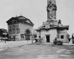 Paris, 1903-1904 - Ancienne Barrière du Trône (Tollbooth Pavilion and Column) by Eugene Atget