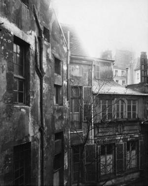 Paris, 1922 - Cour de Rohan by Eugene Atget