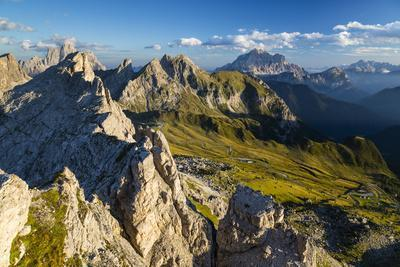 https://imgc.allpostersimages.com/img/posters/europe-italy-alps-dolomites-mountains-passo-giau-view-from-rifugio-nuvolau_u-L-Q1EXFZ80.jpg?artPerspective=n