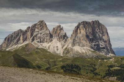 https://imgc.allpostersimages.com/img/posters/europe-italy-alps-dolomites-mountains-sassolungo-view-from-rifugio-sass-bece_u-L-Q1EXH9L0.jpg?artPerspective=n