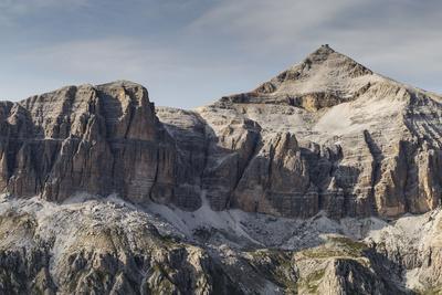 https://imgc.allpostersimages.com/img/posters/europe-italy-alps-dolomites-mountains-sella-piz-boe_u-L-Q1EXFBQ0.jpg?artPerspective=n
