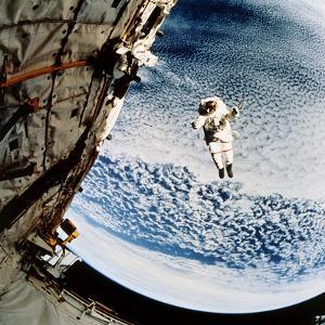 Evaluation of SAFER EVA Backpack, STS-64