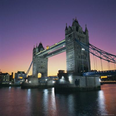 https://imgc.allpostersimages.com/img/posters/evening-tower-bridge-and-river-thames-london_u-L-P2QVZJ0.jpg?p=0