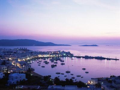 https://imgc.allpostersimages.com/img/posters/evening-view-over-mykonos-cyclades-greek-islands-greece_u-L-P1JTPK0.jpg?p=0