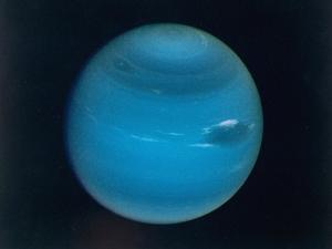 Excellent Narrow-Angle Camera Views of the Planet Neptune Taken from Voyager 2 Spacecraft