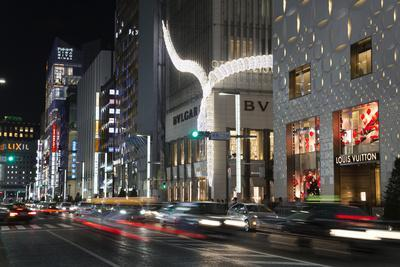 https://imgc.allpostersimages.com/img/posters/exclusive-designer-shops-at-night-ginza-area-chuo-tokyo-japan-asia_u-L-PWFKER0.jpg?p=0
