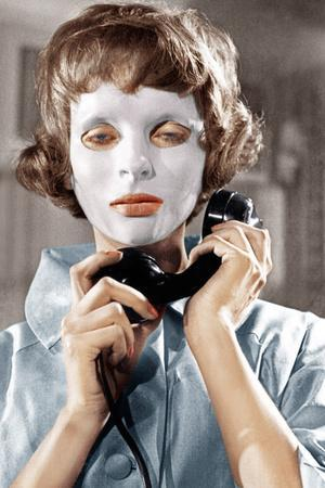 https://imgc.allpostersimages.com/img/posters/eyes-without-a-face-aka-les-yeux-sans-visage-edith-scob-1960_u-L-PJXPPN0.jpg?artPerspective=n