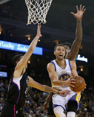 Los Angeles Clippers v Golden State Warriors by Ezra Shaw