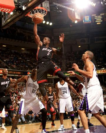 Miami Heat v Sacramento Kings: Dwayne Wade by Ezra Shaw