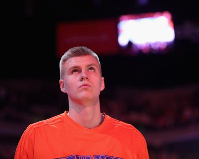 New York Knicks v Golden State Warriors by Ezra Shaw