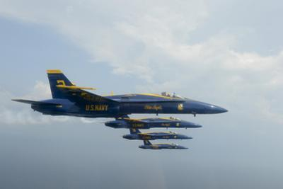 F-A-18 Hornets from the U.S. Navy Blue Angels Team