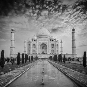 Taj Mahal on Sunrise Sunset, Agra, India by f9photos