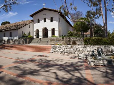 https://imgc.allpostersimages.com/img/posters/facade-of-a-church-mission-san-luis-obispo-san-luis-obispo-san-luis-obispo-county-california_u-L-PGDN6R0.jpg?p=0