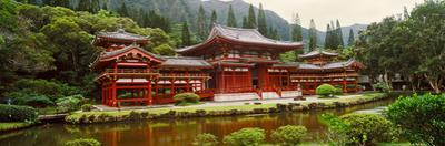 Facade of Byodo-In Temple, Valley of the Temples, Oahu, Hawaii, USA
