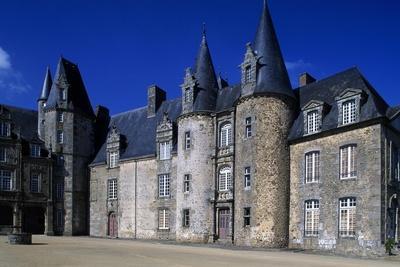 https://imgc.allpostersimages.com/img/posters/facade-of-rocher-castle_u-L-PPQFB10.jpg?p=0