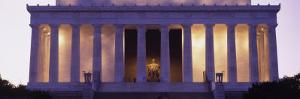 Facade of the Lincoln Memorial, Washington D.C., USA