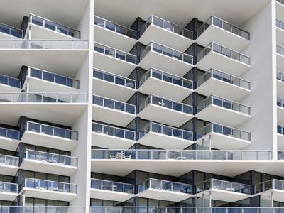 https://imgc.allpostersimages.com/img/posters/facade-of-the-luxury-hotel-w-22nd-street-miami-beach-florida-usa_u-L-Q11YVJ20.jpg?p=0