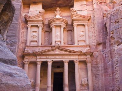 https://imgc.allpostersimages.com/img/posters/facade-of-treasury-al-khazneh-petra-jordan_u-L-PHAGLR0.jpg?p=0