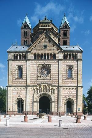 https://imgc.allpostersimages.com/img/posters/facade-romanesque-speyer-cathedral_u-L-PP9W1C0.jpg?p=0