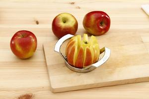 Apple Cutter by Fact