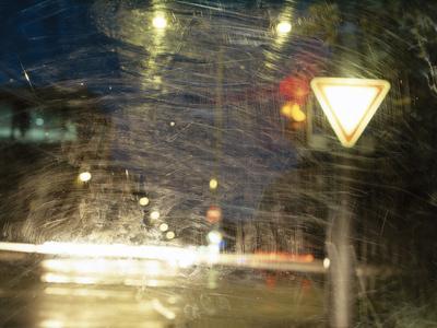 City Traffic, Traffic Light, Traffic Signs, Look Windscreen, Scuffs