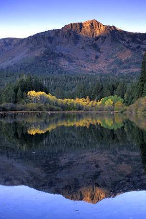 https://imgc.allpostersimages.com/img/posters/fallen-leaf-lake-lake-tahoe-california_u-L-Q10TH5S0.jpg?p=0
