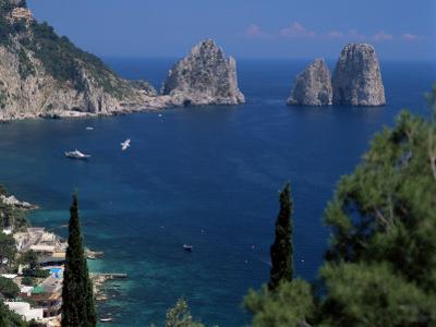 Faraglioni Rocks, Capri, Campania, Italy, Mediterranean by G Richardson