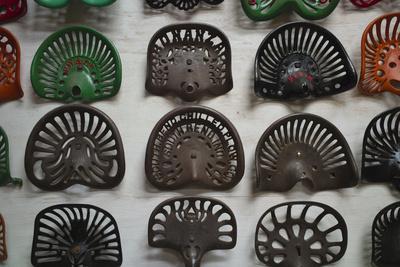 https://imgc.allpostersimages.com/img/posters/farm-tractor-seats-plainsman-museum-aurora-nebraska-usa_u-L-PN6THB0.jpg?artPerspective=n