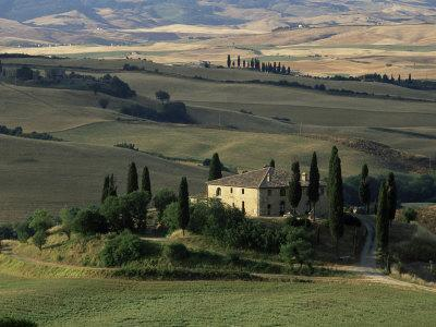 https://imgc.allpostersimages.com/img/posters/farmhouse-and-cypress-tres-in-the-earning-morning-san-quirico-d-orcia-tuscany-italy_u-L-P1TGE30.jpg?p=0