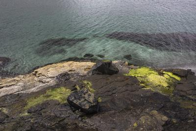https://imgc.allpostersimages.com/img/posters/faroes-coast-waves-rocks-abstract_u-L-Q1EY5I40.jpg?artPerspective=n