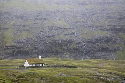 https://imgc.allpostersimages.com/img/posters/faroes-streymoy-saksun-scenery-church_u-L-Q1EY7890.jpg?artPerspective=n