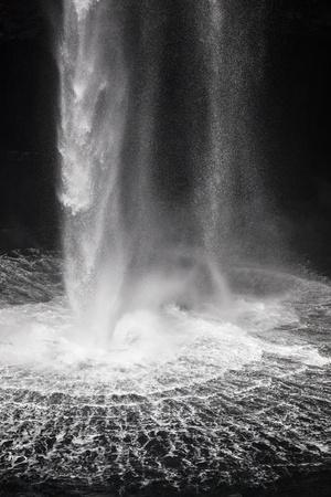 https://imgc.allpostersimages.com/img/posters/faroes-vagar-gasadalur-waterfall_u-L-Q1EYE7B0.jpg?artPerspective=n