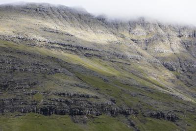 https://imgc.allpostersimages.com/img/posters/faroes-vagar-mountain-detail_u-L-Q1EYEGT0.jpg?artPerspective=n