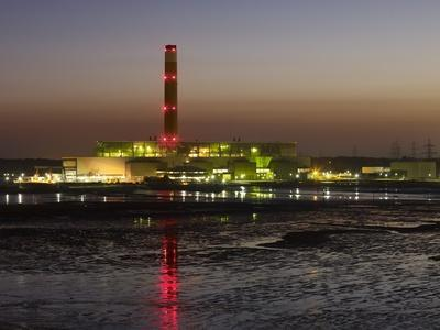 https://imgc.allpostersimages.com/img/posters/fawley-oil-fired-power-station-at-dusk_u-L-PL3AHU0.jpg?p=0